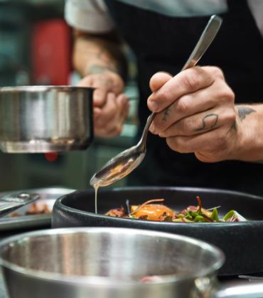 Les meilleurs restaurants-bistros de Paris s'invitent à votre table